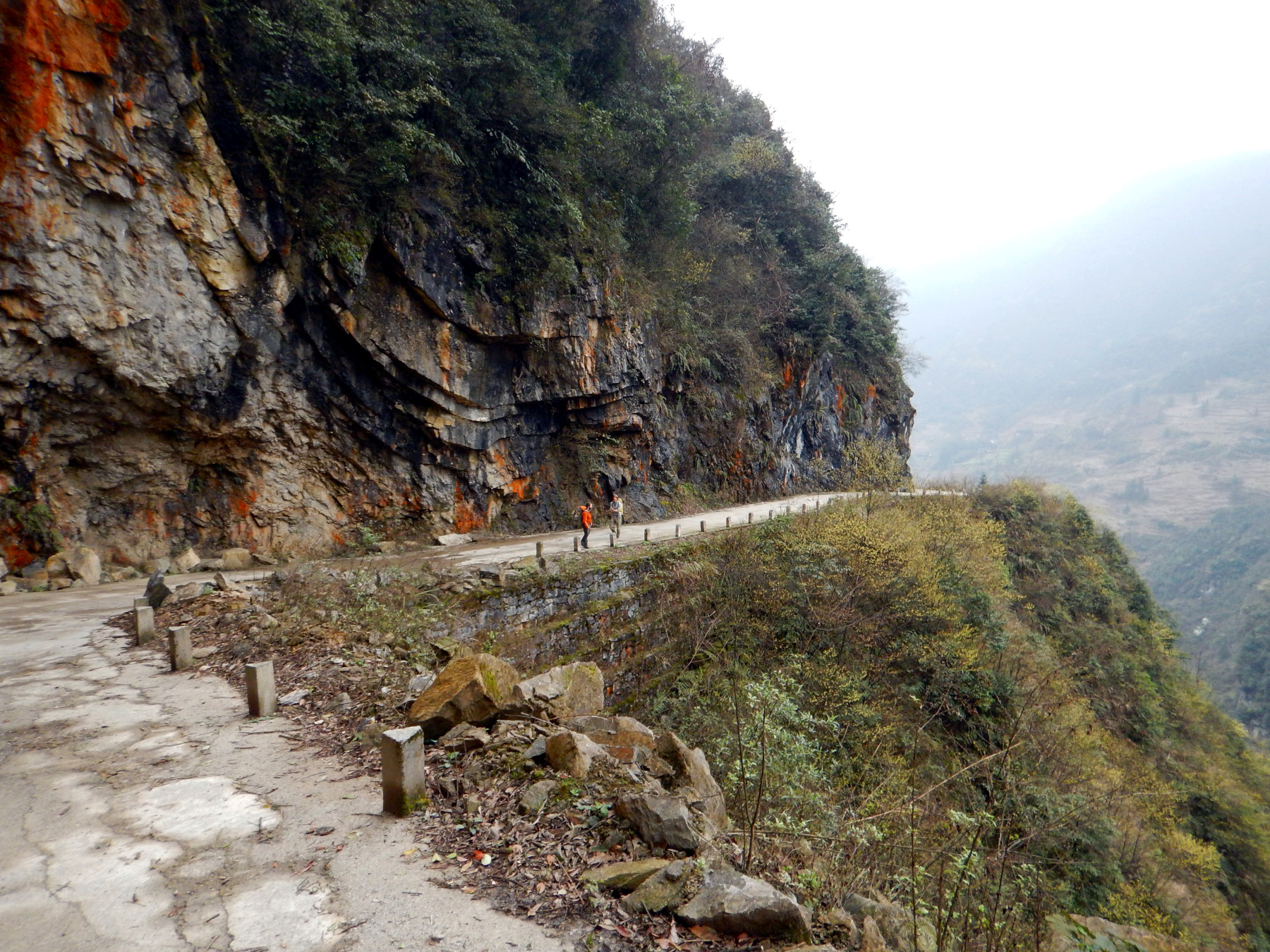 china-karst-roads-3